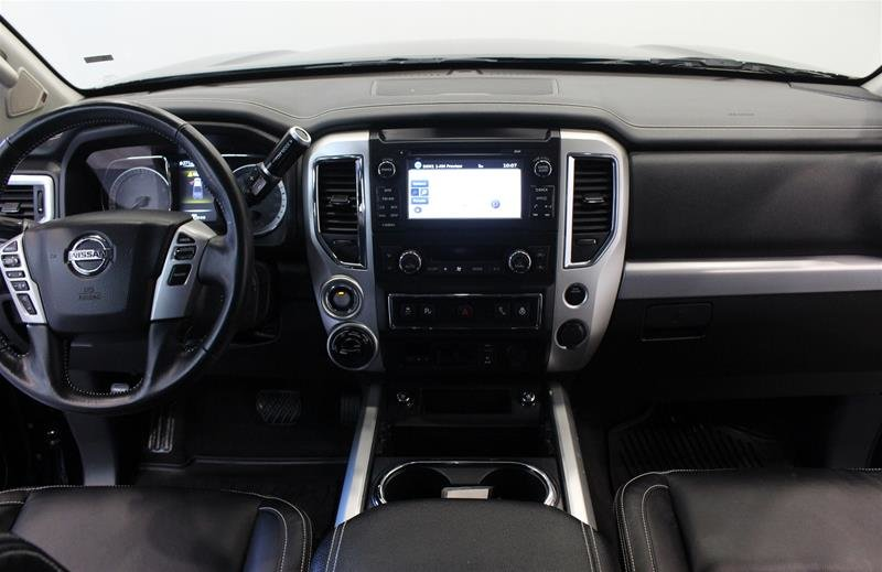 2018 Nissan Titan King Cab PRO-4X 4x4 in Regina, Saskatchewan - 14 - w1024h768px