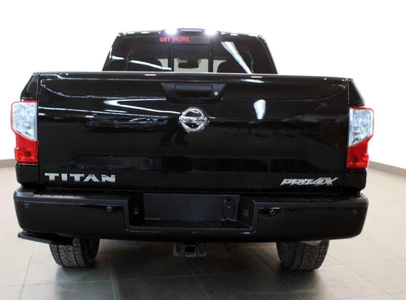 2018 Nissan Titan King Cab PRO-4X 4x4 in Regina, Saskatchewan - 18 - w1024h768px