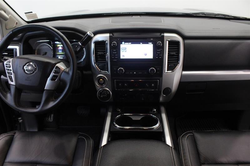 2018 Nissan Titan Crew Cab XD PRO-4X 4x4 Diesel in Regina, Saskatchewan - 14 - w1024h768px