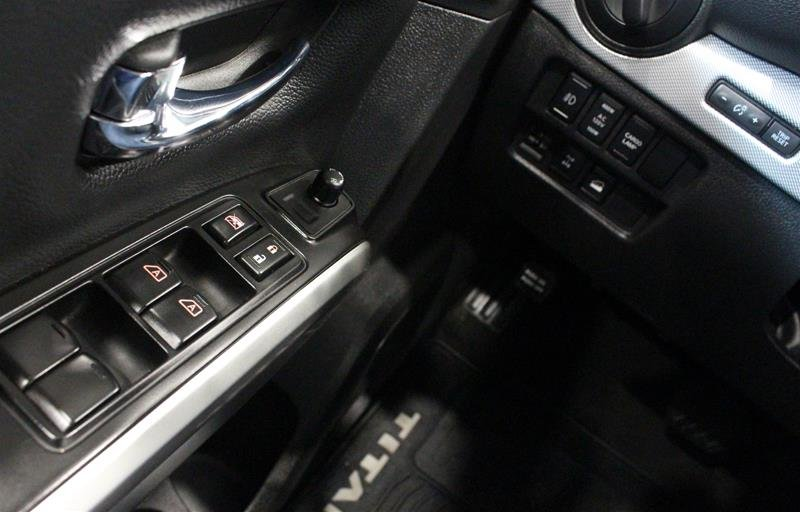 2018 Nissan Titan Crew Cab XD PRO-4X 4x4 Diesel in Regina, Saskatchewan - 3 - w1024h768px