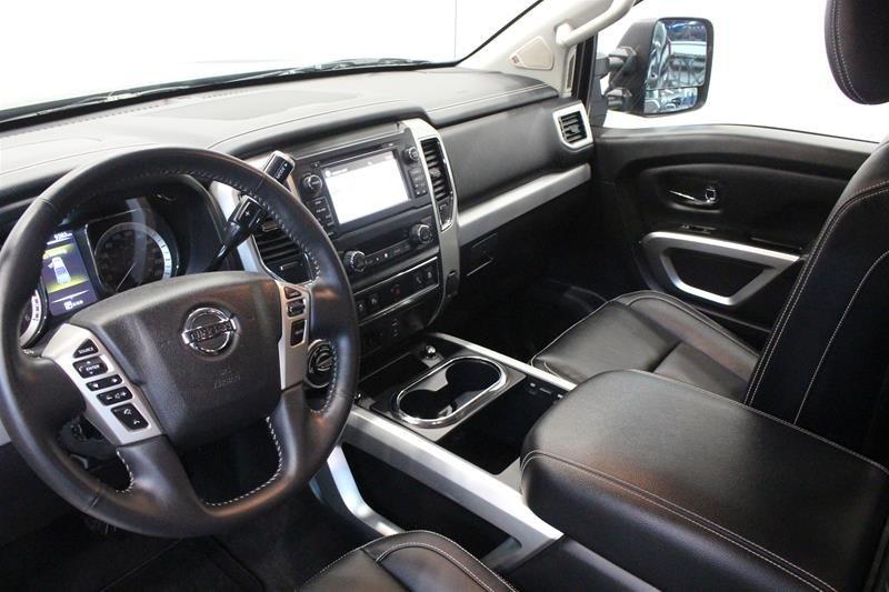 2018 Nissan Titan Crew Cab XD PRO-4X 4x4 Diesel in Regina, Saskatchewan - 9 - w1024h768px