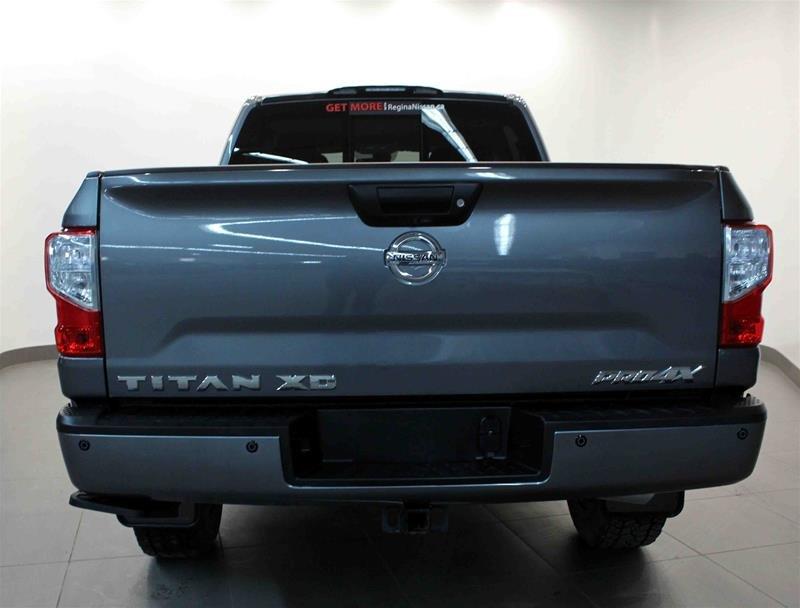 2018 Nissan Titan Crew Cab XD PRO-4X 4x4 Diesel in Regina, Saskatchewan - 19 - w1024h768px