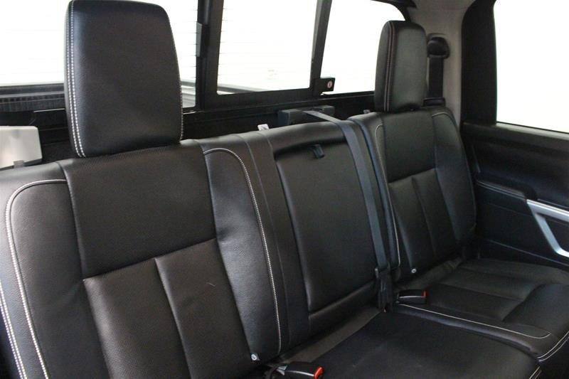 2018 Nissan Titan Crew Cab XD PRO-4X 4x4 Diesel in Regina, Saskatchewan - 13 - w1024h768px