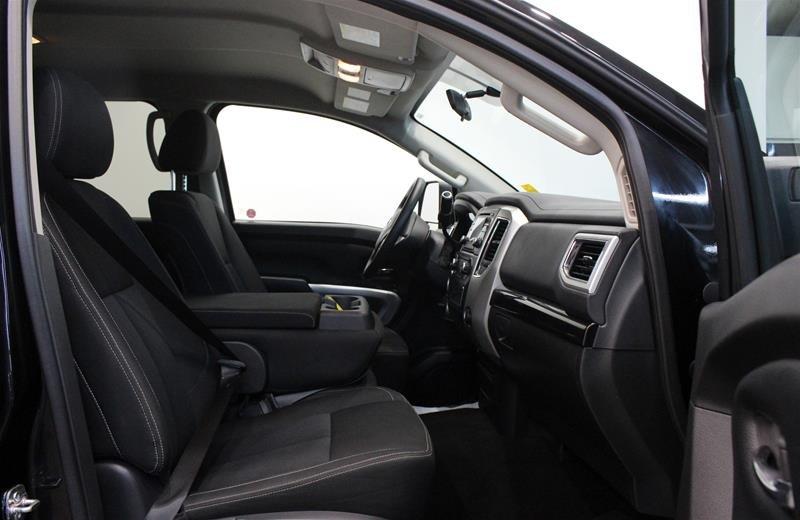2018 Nissan Titan Crew Cab XD SV 4x4 in Regina, Saskatchewan - 14 - w1024h768px