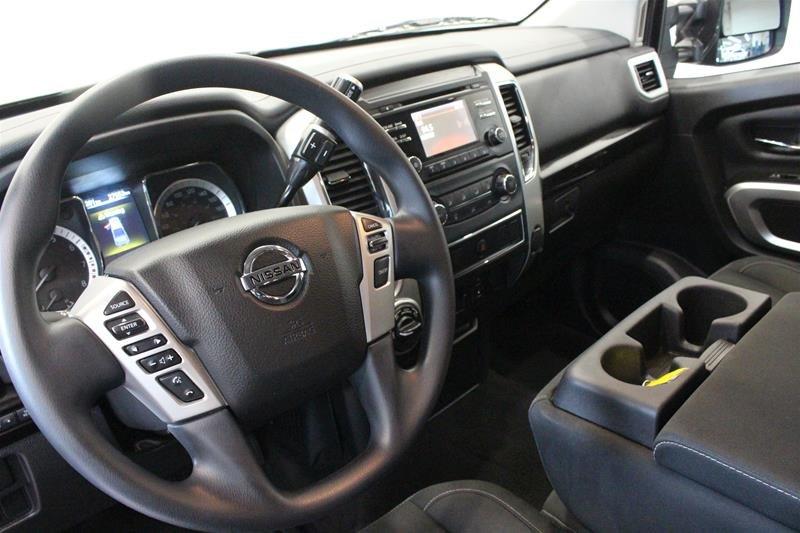 2018 Nissan Titan Crew Cab XD SV 4x4 in Regina, Saskatchewan - 9 - w1024h768px