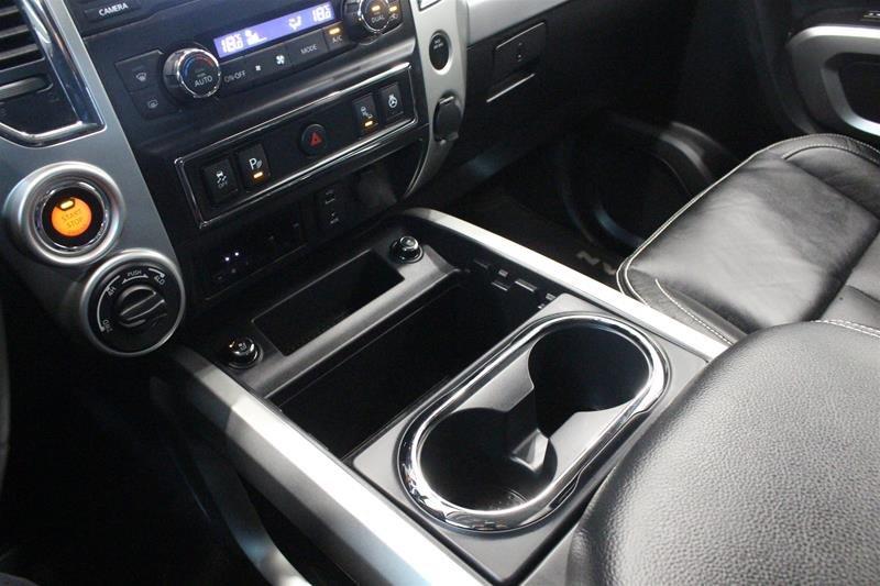 2018 Nissan Titan Crew Cab PRO-4X 4X4 in Regina, Saskatchewan - 4 - w1024h768px