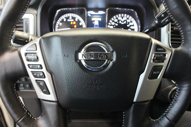 2018 Nissan Titan Crew Cab PRO-4X 4X4 in Regina, Saskatchewan - 6 - w1024h768px