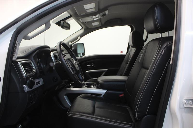 2018 Nissan Titan Crew Cab PRO-4X 4X4 in Regina, Saskatchewan - 11 - w1024h768px