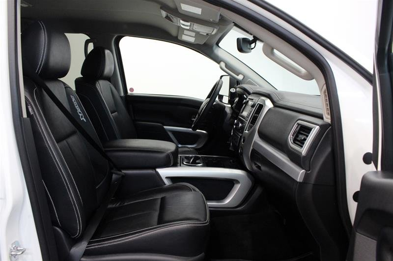 2018 Nissan Titan Crew Cab PRO-4X 4X4 in Regina, Saskatchewan - 15 - w1024h768px