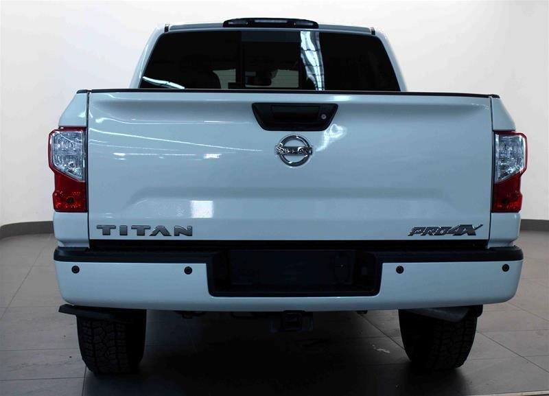 2018 Nissan Titan Crew Cab PRO-4X 4X4 in Regina, Saskatchewan - 19 - w1024h768px