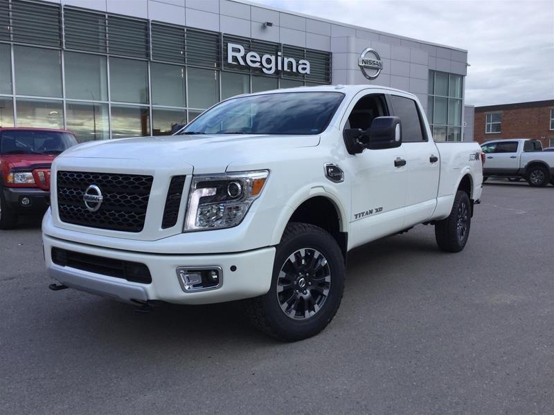 2019 Nissan Titan Crew Cab XD PRO-4X 4x4 Diesel in Regina, Saskatchewan - 1 - w1024h768px