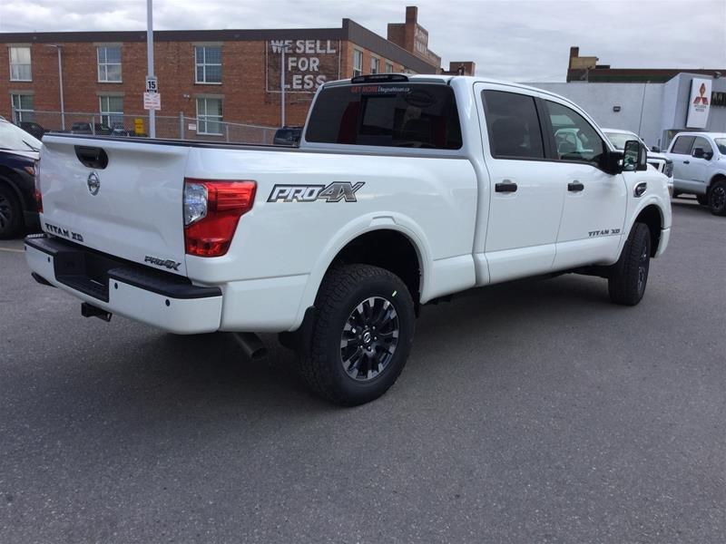 2019 Nissan Titan Crew Cab XD PRO-4X 4x4 Diesel in Regina, Saskatchewan - 3 - w1024h768px