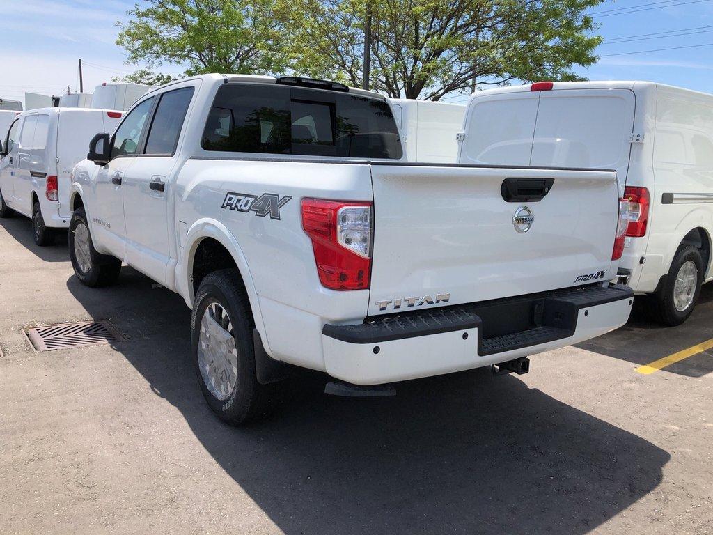 2019 Nissan Titan Crew Cab PRO-4X 4X4 in Mississauga, Ontario - 5 - w1024h768px