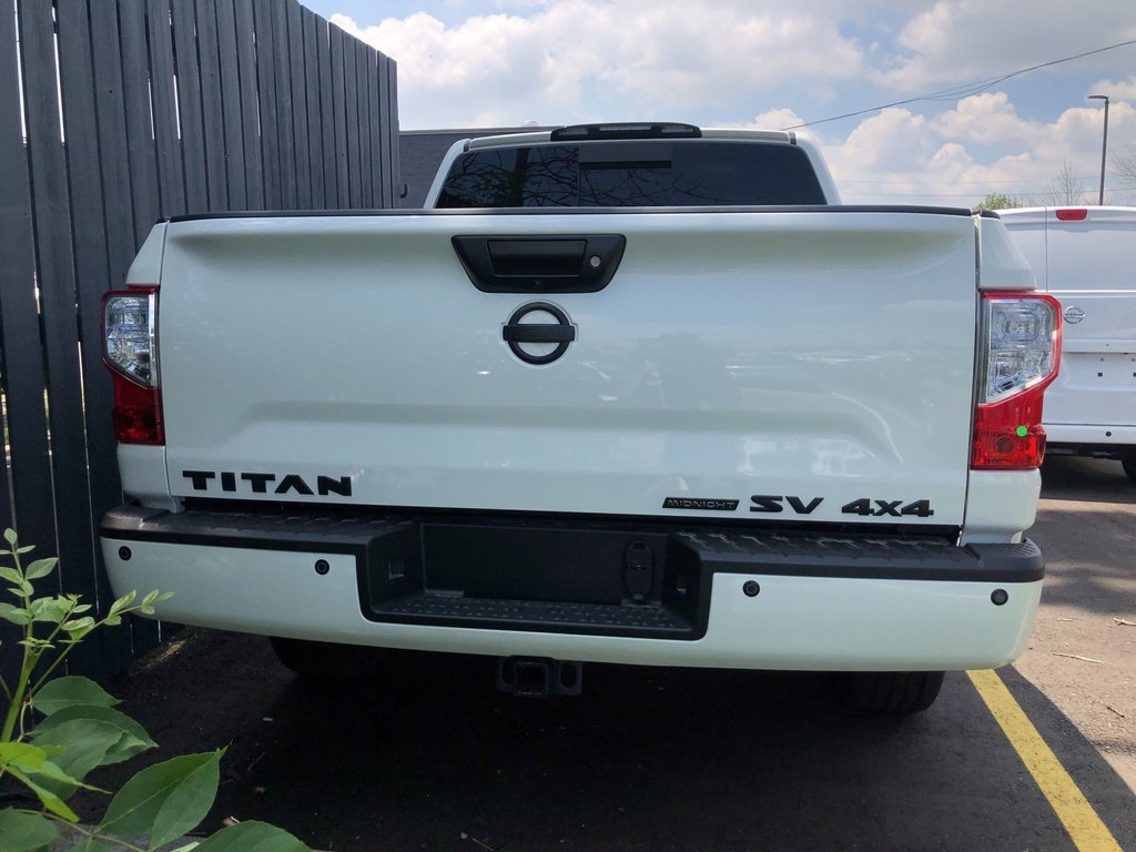 2019 Nissan Titan Crew Cab SV Midnight Edition in Mississauga, Ontario - 4 - w1024h768px