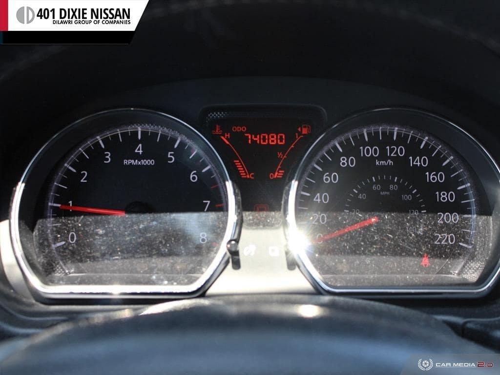 2014 Nissan Versa Note Hatchback 1.6 SV CVT in Mississauga, Ontario - 14 - w1024h768px