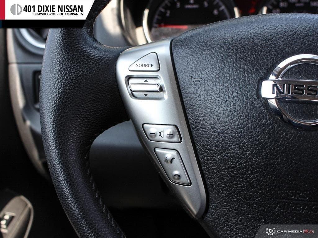 2014 Nissan Versa Note Hatchback 1.6 SV CVT in Mississauga, Ontario - 17 - w1024h768px
