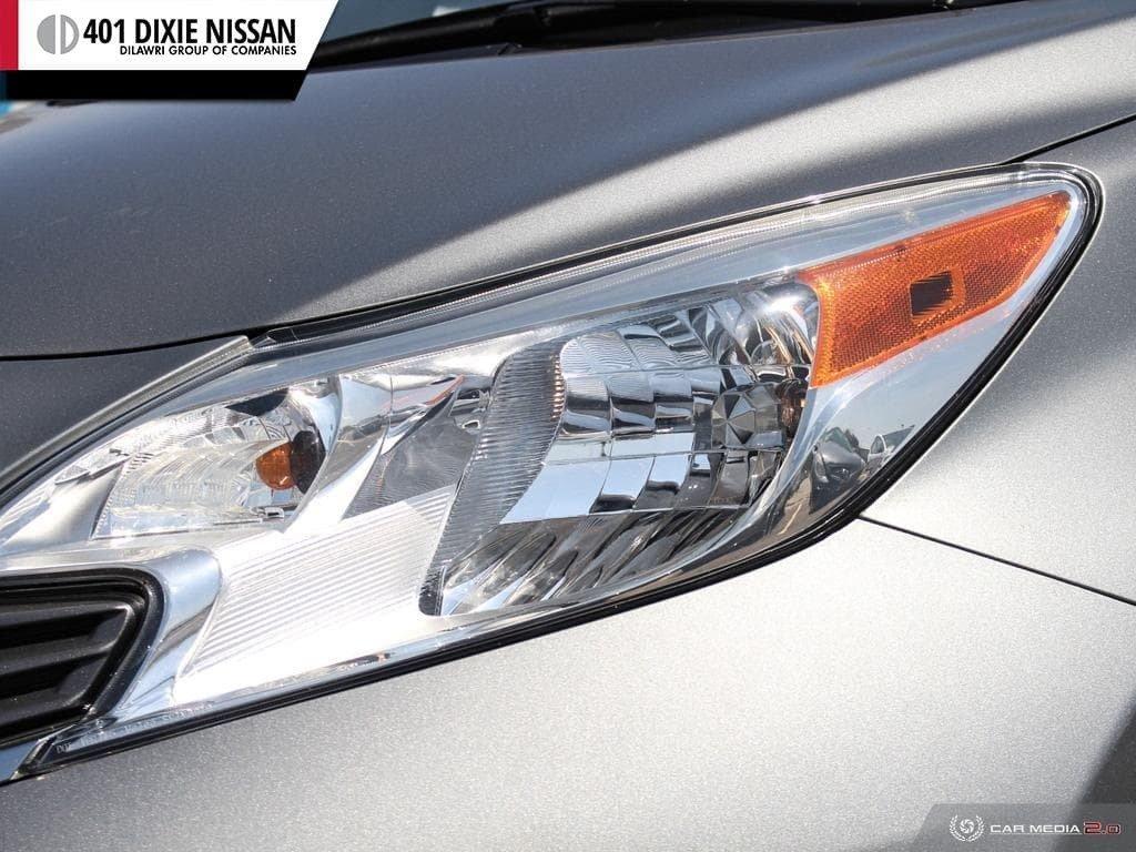2014 Nissan Versa Note Hatchback 1.6 SV CVT in Mississauga, Ontario - 10 - w1024h768px