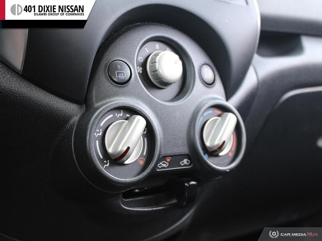 2014 Nissan Versa Note Hatchback 1.6 SV CVT in Mississauga, Ontario - 19 - w1024h768px