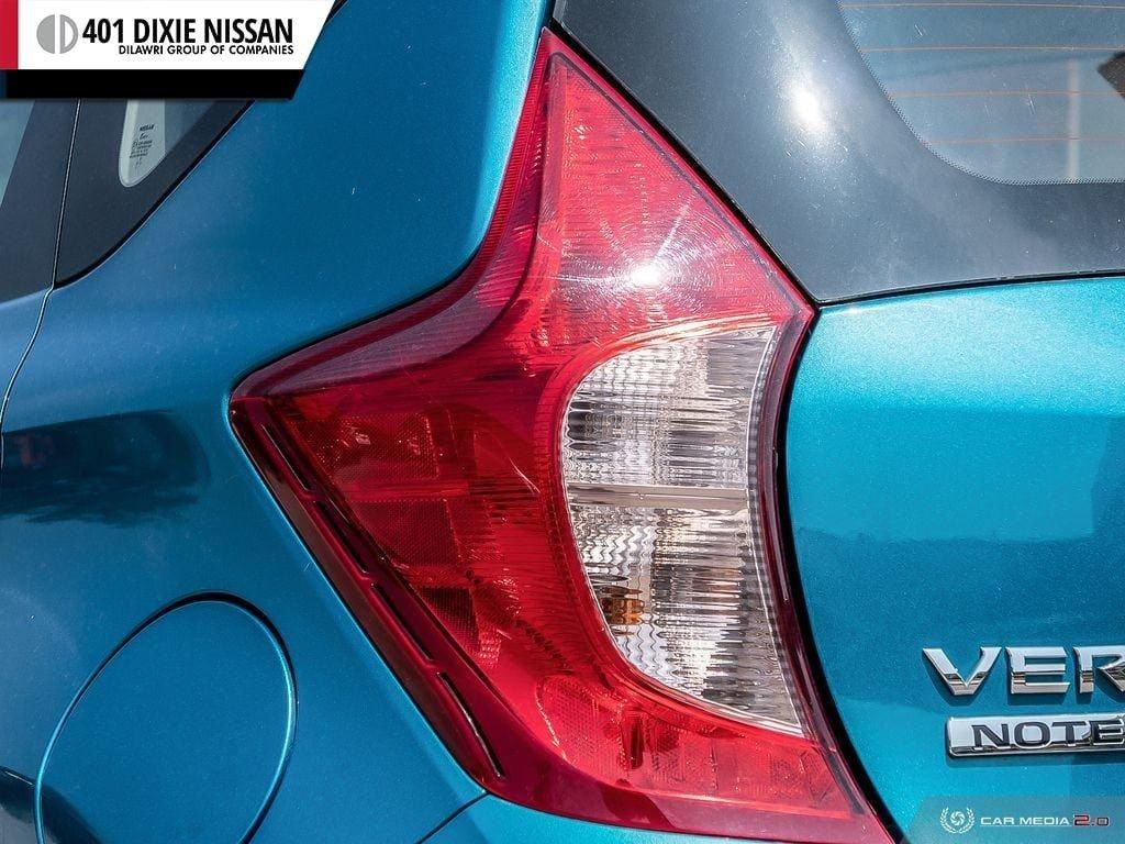 2016 Nissan Versa Note Hatchback 1.6 SV CVT in Mississauga, Ontario - 11 - w1024h768px