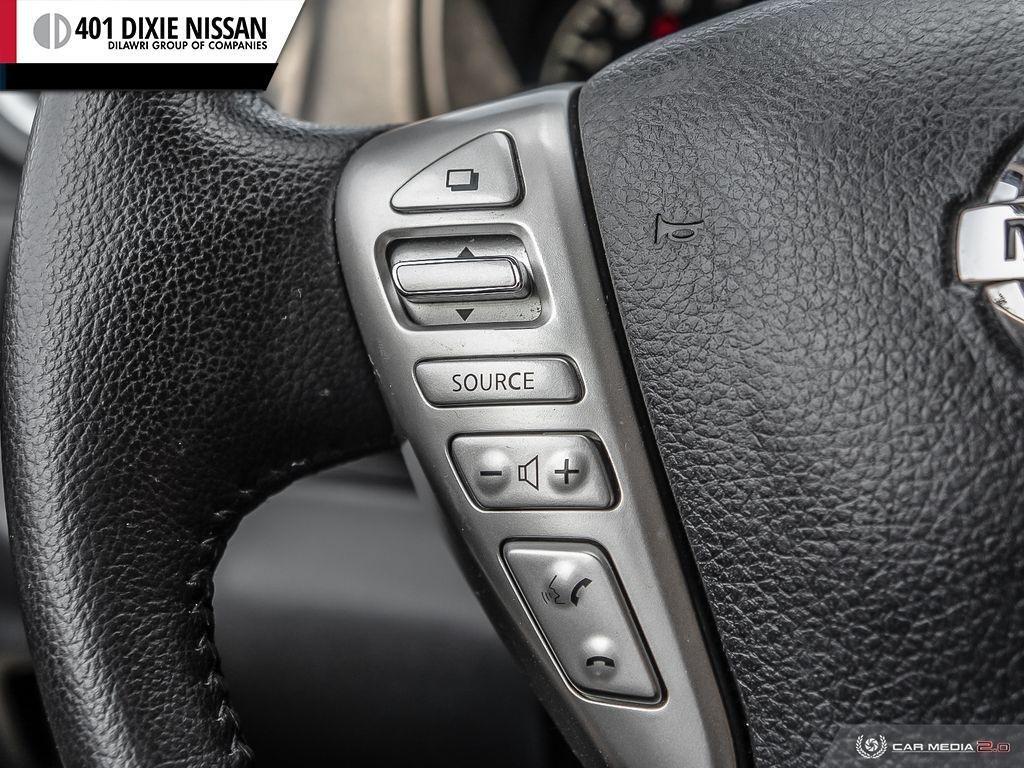 2016 Nissan Versa Note Hatchback 1.6 SV CVT in Mississauga, Ontario - 17 - w1024h768px