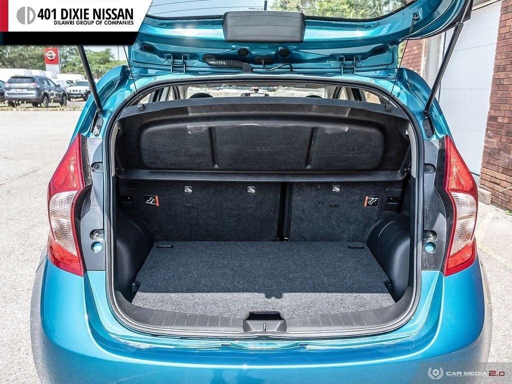 2016 Nissan Versa Note Hatchback 1.6 SV CVT in Mississauga, Ontario - 10 - w1024h768px