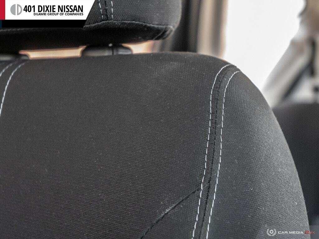 2016 Nissan Versa Note Hatchback 1.6 SV CVT in Mississauga, Ontario - 22 - w1024h768px