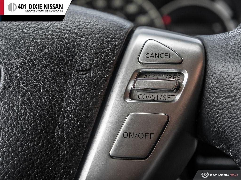 2016 Nissan Versa Note Hatchback 1.6 SV CVT in Mississauga, Ontario - 25 - w1024h768px