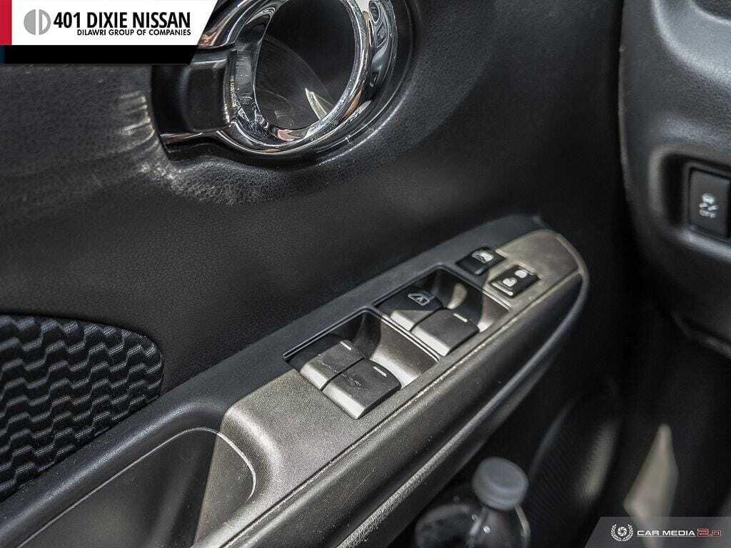 2016 Nissan Versa Note Hatchback 1.6 SV CVT in Mississauga, Ontario - 16 - w1024h768px
