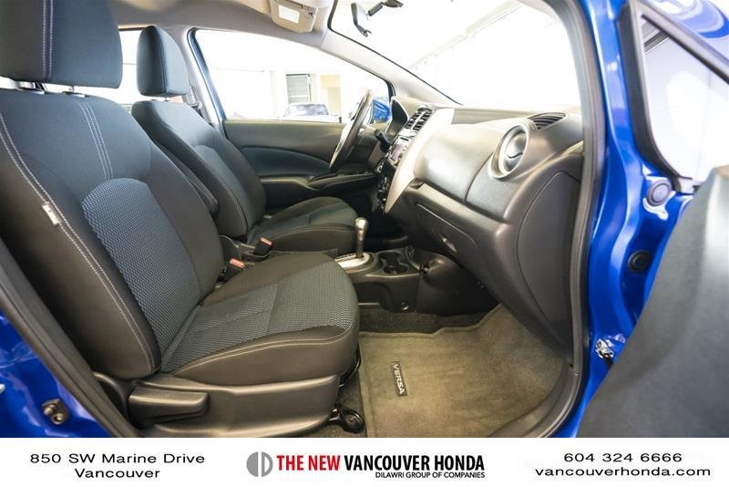 2017 Nissan Versa Note Hatchback 1.6 S CVT in Vancouver, British Columbia - 37 - w1024h768px
