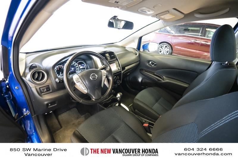 2017 Nissan Versa Note Hatchback 1.6 S CVT in Vancouver, British Columbia - 11 - w1024h768px