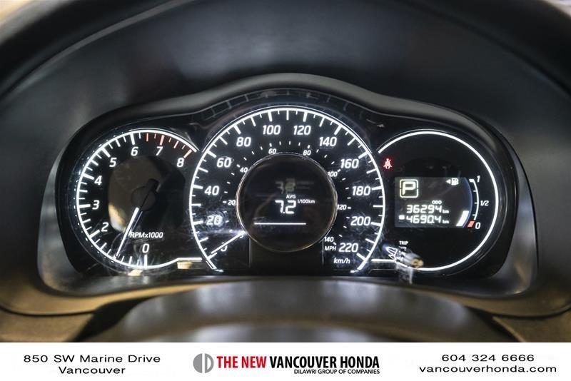 2017 Nissan Versa Note Hatchback 1.6 S CVT in Vancouver, British Columbia - 21 - w1024h768px