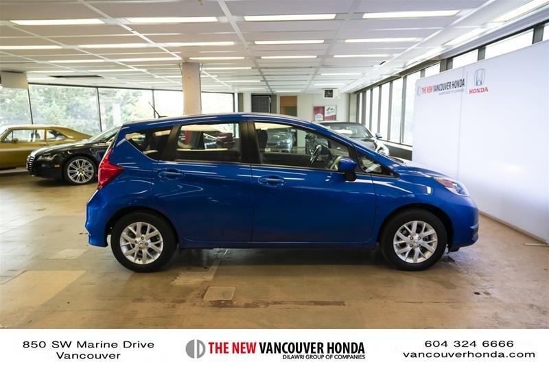 2017 Nissan Versa Note Hatchback 1.6 S CVT in Vancouver, British Columbia - 4 - w1024h768px