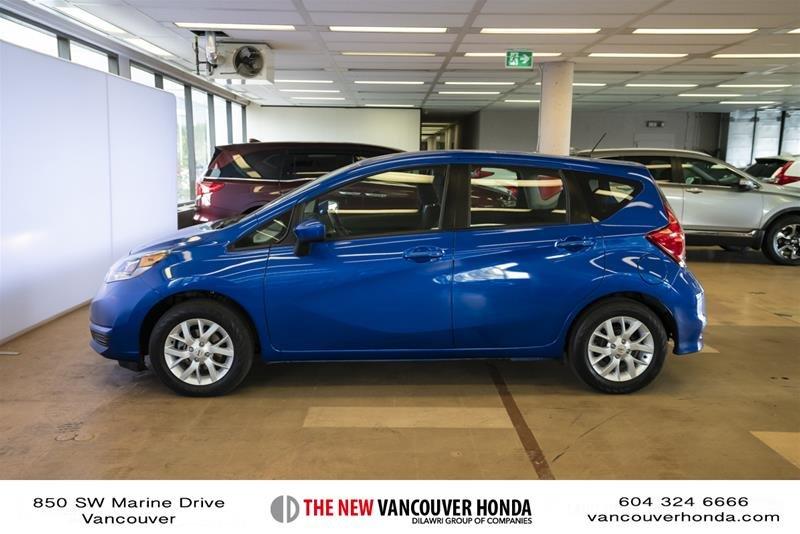 2017 Nissan Versa Note Hatchback 1.6 S CVT in Vancouver, British Columbia - 8 - w1024h768px