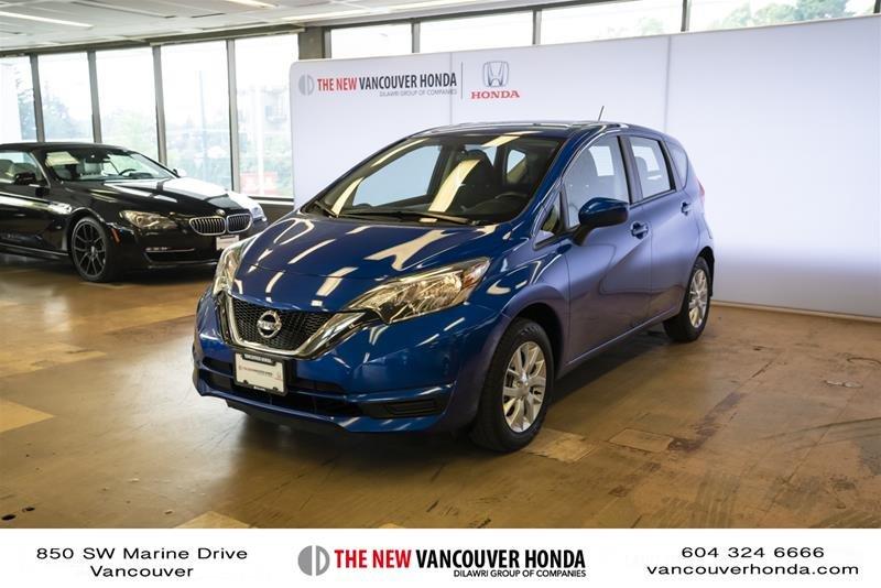 2017 Nissan Versa Note Hatchback 1.6 S CVT in Vancouver, British Columbia - 1 - w1024h768px