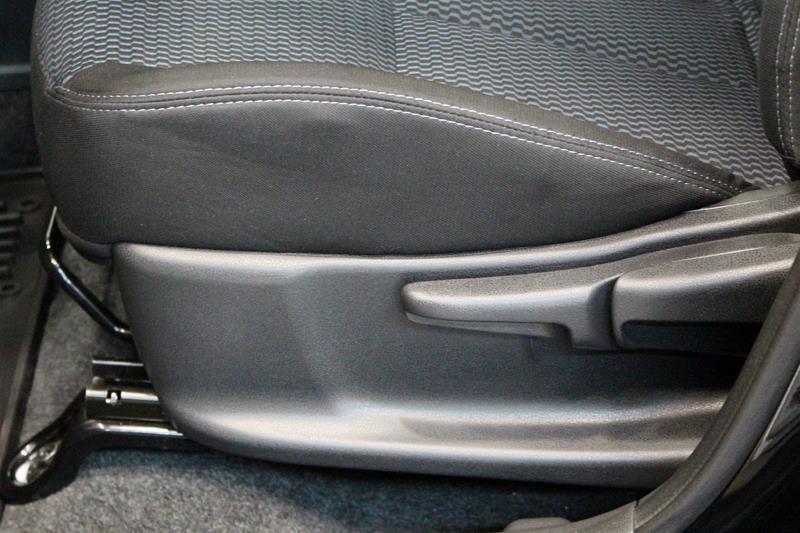 2018 Nissan Versa Note Hatchback 1.6 SV CVT (2) in Regina, Saskatchewan - 11 - w1024h768px