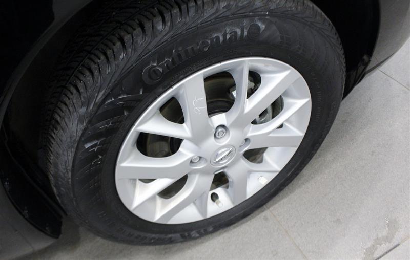 2018 Nissan Versa Note Hatchback 1.6 SV CVT (2) in Regina, Saskatchewan - 17 - w1024h768px