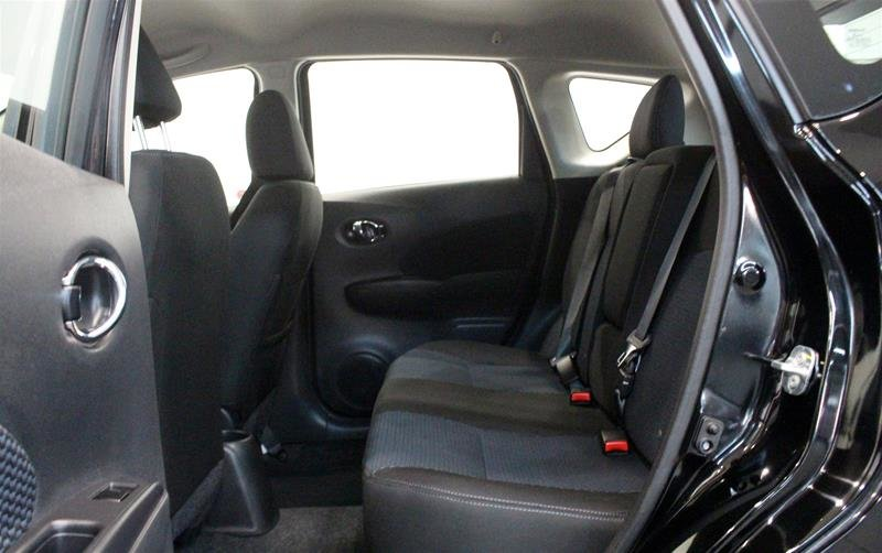 2018 Nissan Versa Note Hatchback 1.6 SV CVT (2) in Regina, Saskatchewan - 12 - w1024h768px