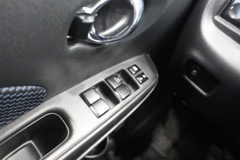 2018 Nissan Versa Note Hatchback 1.6 SV CVT (2) in Regina, Saskatchewan - 3 - w1024h768px