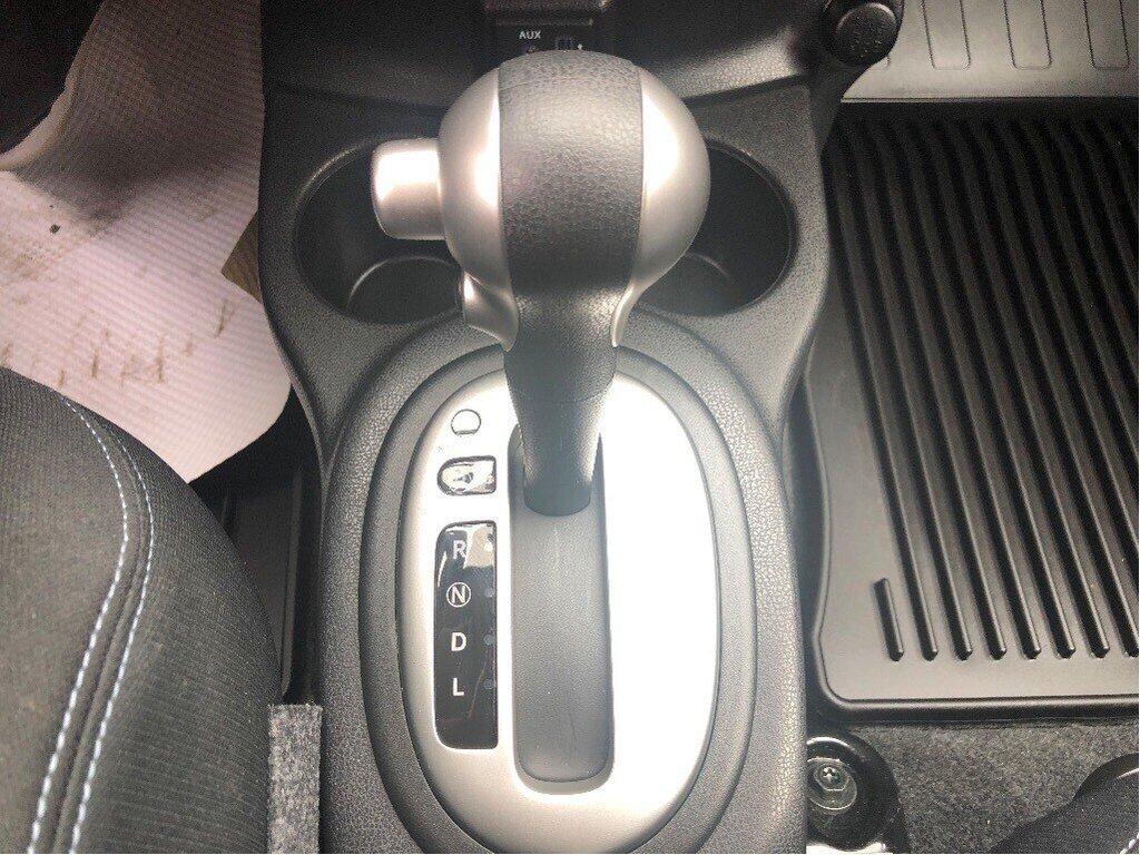 2018 Nissan Versa Note Hatchback 1.6 SV CVT (2) in Vancouver, British Columbia - 17 - w1024h768px