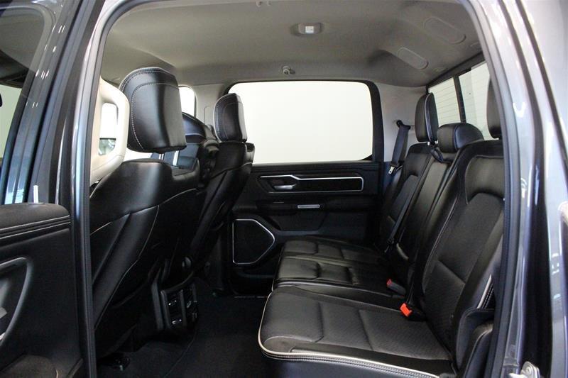 2019 Ram RAM 1500 Crew Cab 4x4 (dt) Laramie Low kms Premium Sound Keyless Go in Regina, Saskatchewan - 11 - w1024h768px