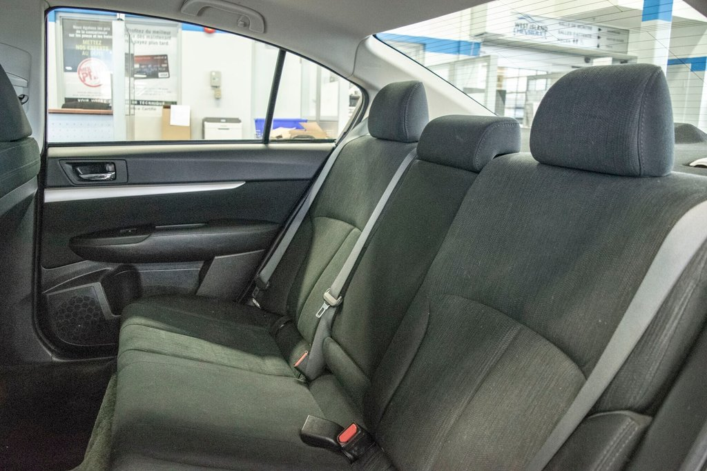 2013 Subaru Legacy 2.5i in Dollard-des-Ormeaux, Quebec - 27 - w1024h768px