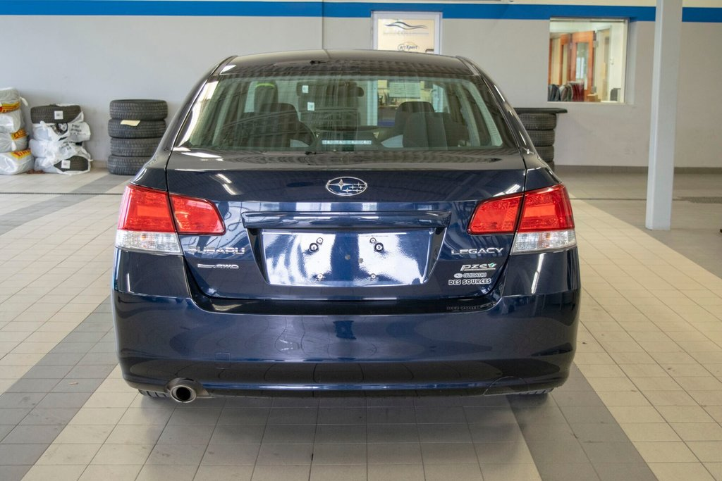 2013 Subaru Legacy 2.5i in Dollard-des-Ormeaux, Quebec - 6 - w1024h768px