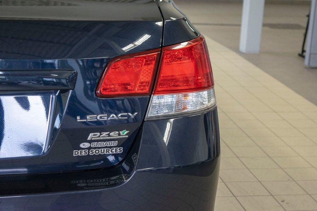 2013 Subaru Legacy 2.5i in Dollard-des-Ormeaux, Quebec - 30 - w1024h768px