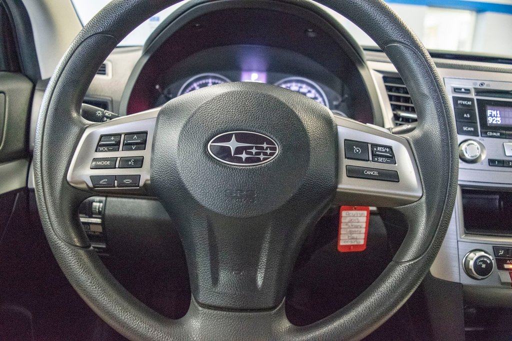2013 Subaru Legacy 2.5i in Dollard-des-Ormeaux, Quebec - 11 - w1024h768px