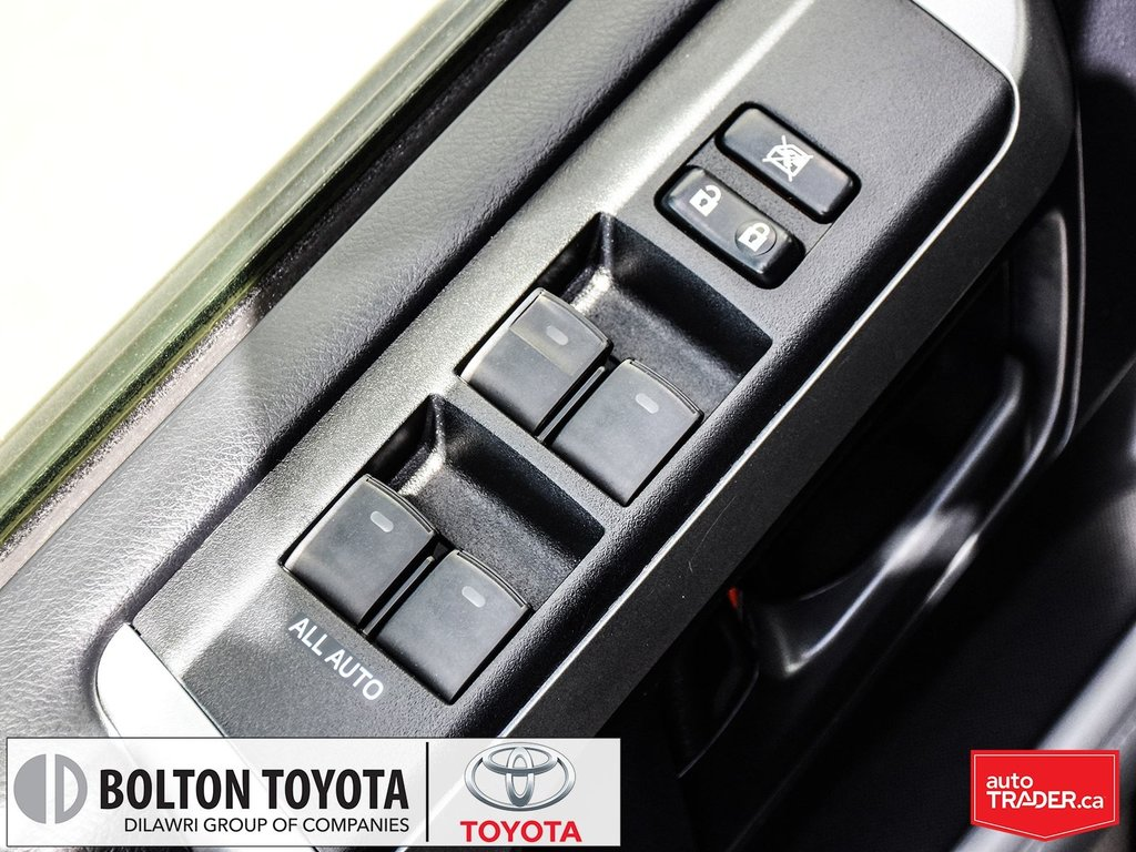 2013 Toyota 4Runner SR5 V6 5A in Bolton, Ontario - 10 - w1024h768px