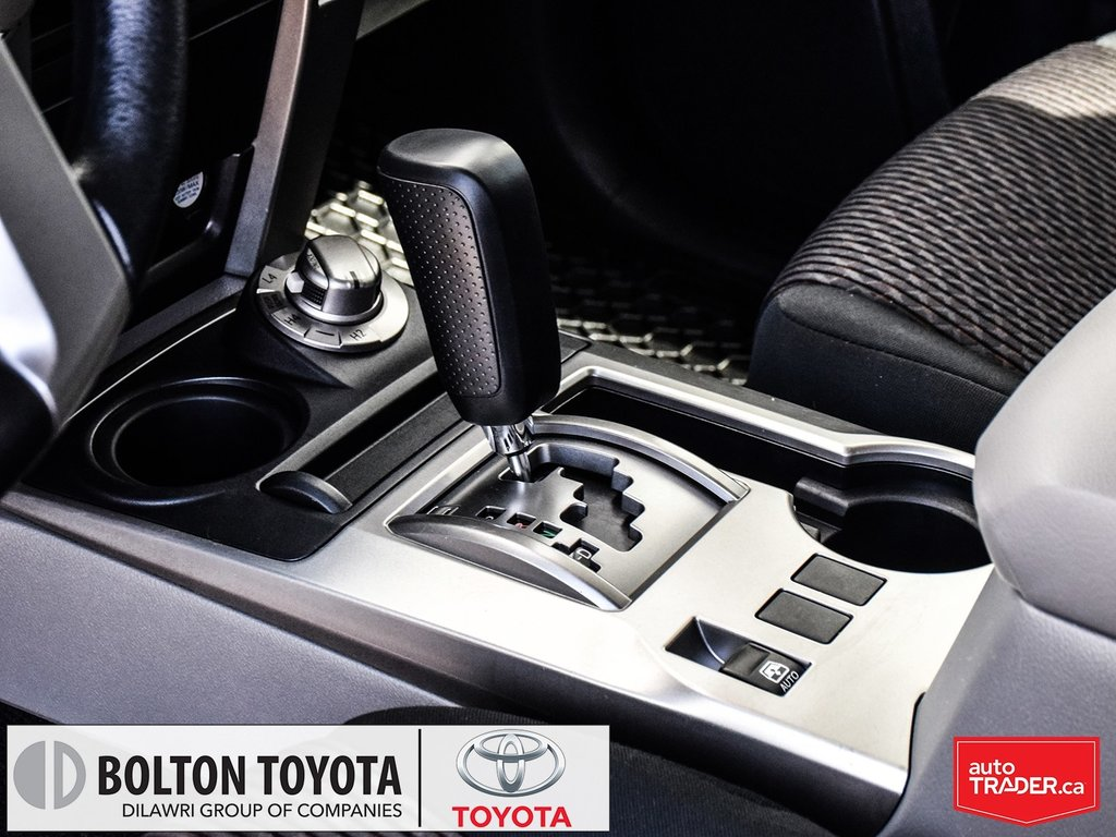 2013 Toyota 4Runner SR5 V6 5A in Bolton, Ontario - 22 - w1024h768px