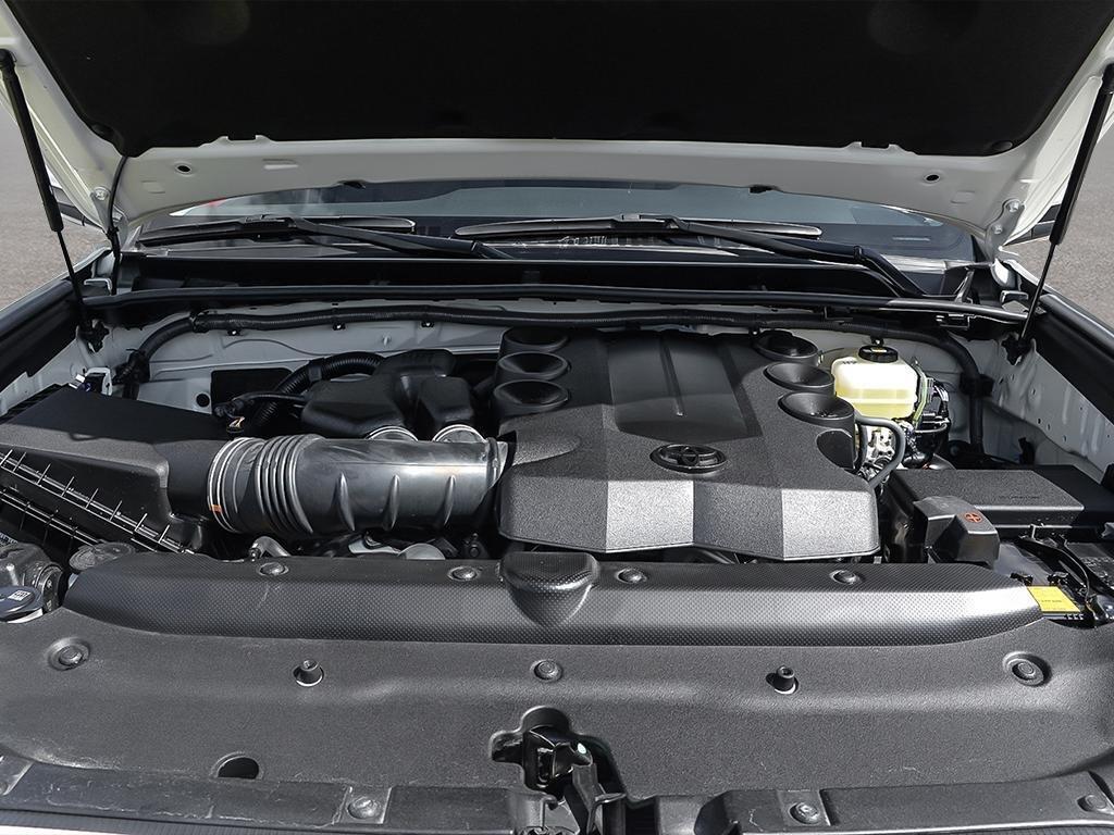 Toyota 4Runner SR5 V6 5A 2019 à Verdun, Québec - 6 - w1024h768px