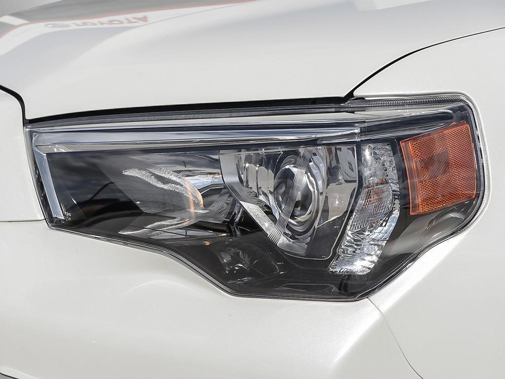 Toyota 4Runner SR5 V6 5A 2019 à Verdun, Québec - 9 - w1024h768px