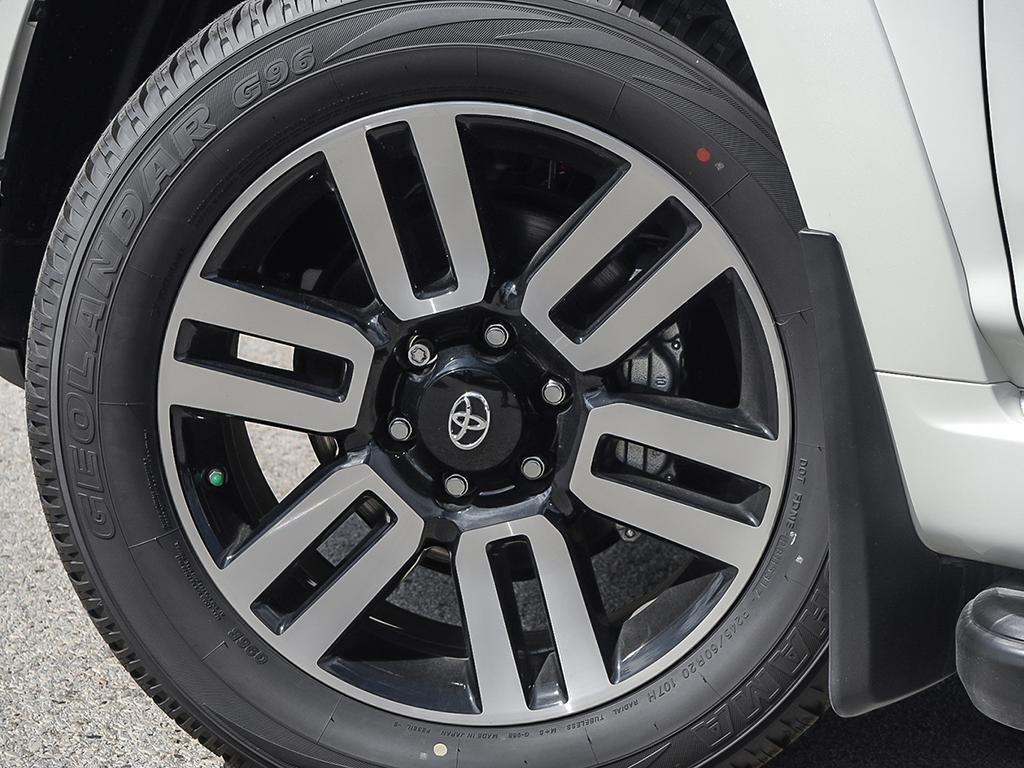 Toyota 4Runner SR5 V6 5A 2019 à Verdun, Québec - 7 - w1024h768px