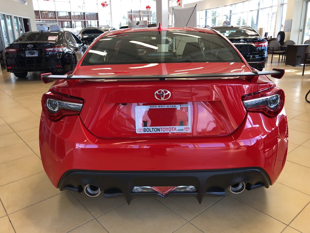 2019 Toyota 86 GT in Bolton, Ontario - 4 - w1024h768px